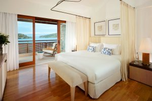 The Ultimate Luxury Sleeping Experience at Blue Palace!