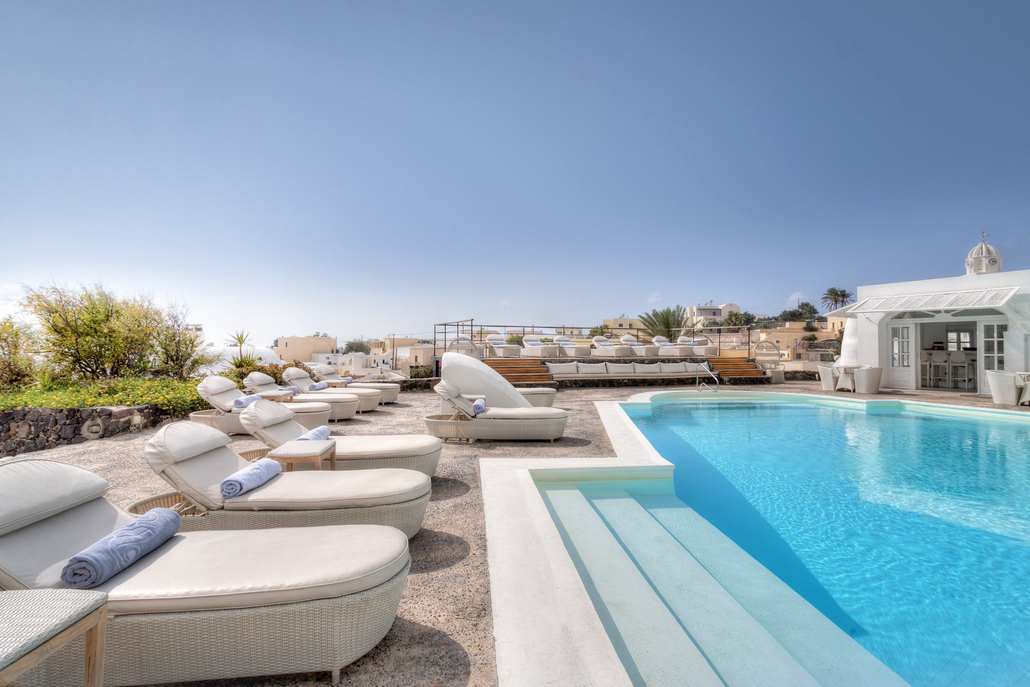Journey to greece with spg hotels resorts for Hotels santorin