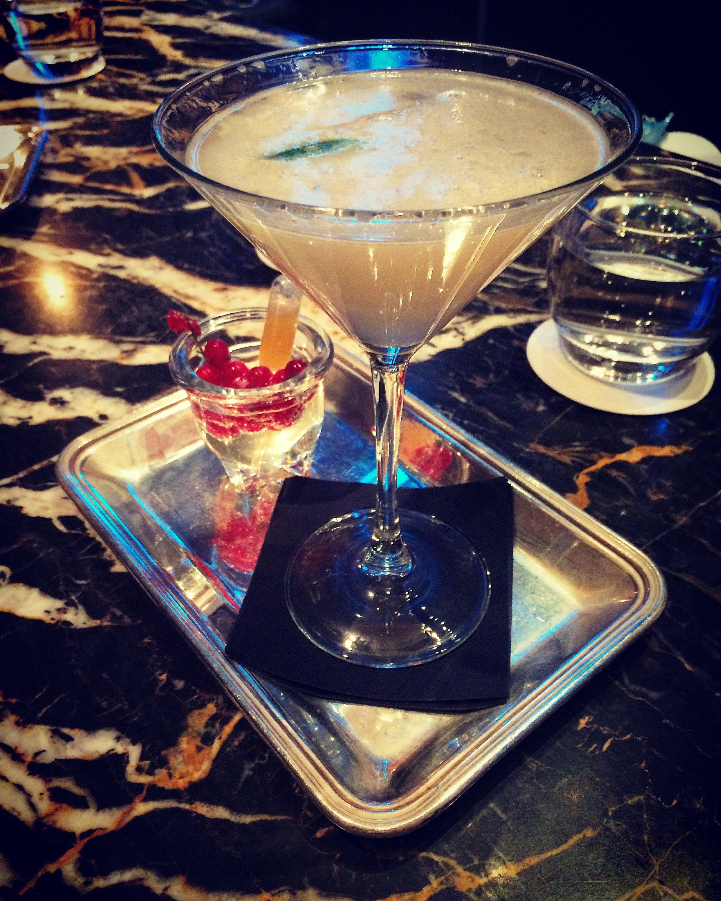 Alexanders Oyster bar Vodka Hemingway cocktail Thursday 18 Feb Hotel Grande Bretagne 2016