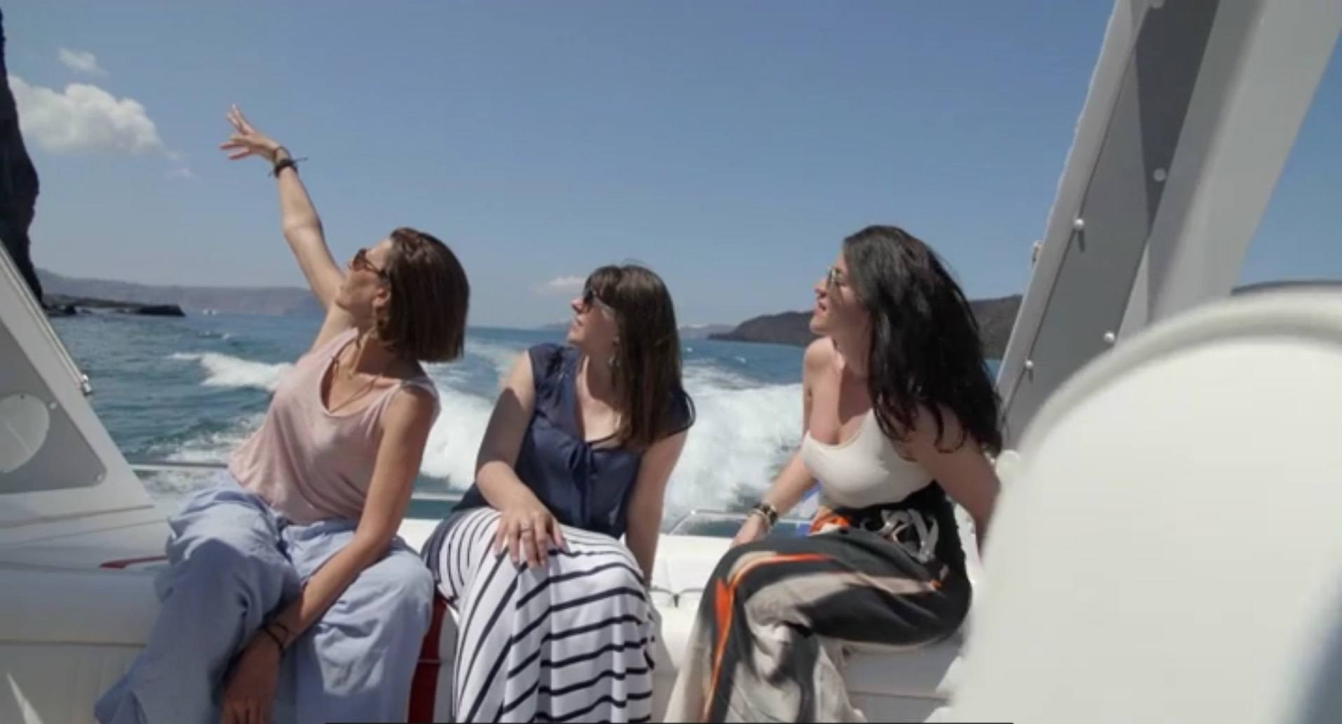 Catamaran Cruise Santorini_SPG TV video_Jounrey Greece
