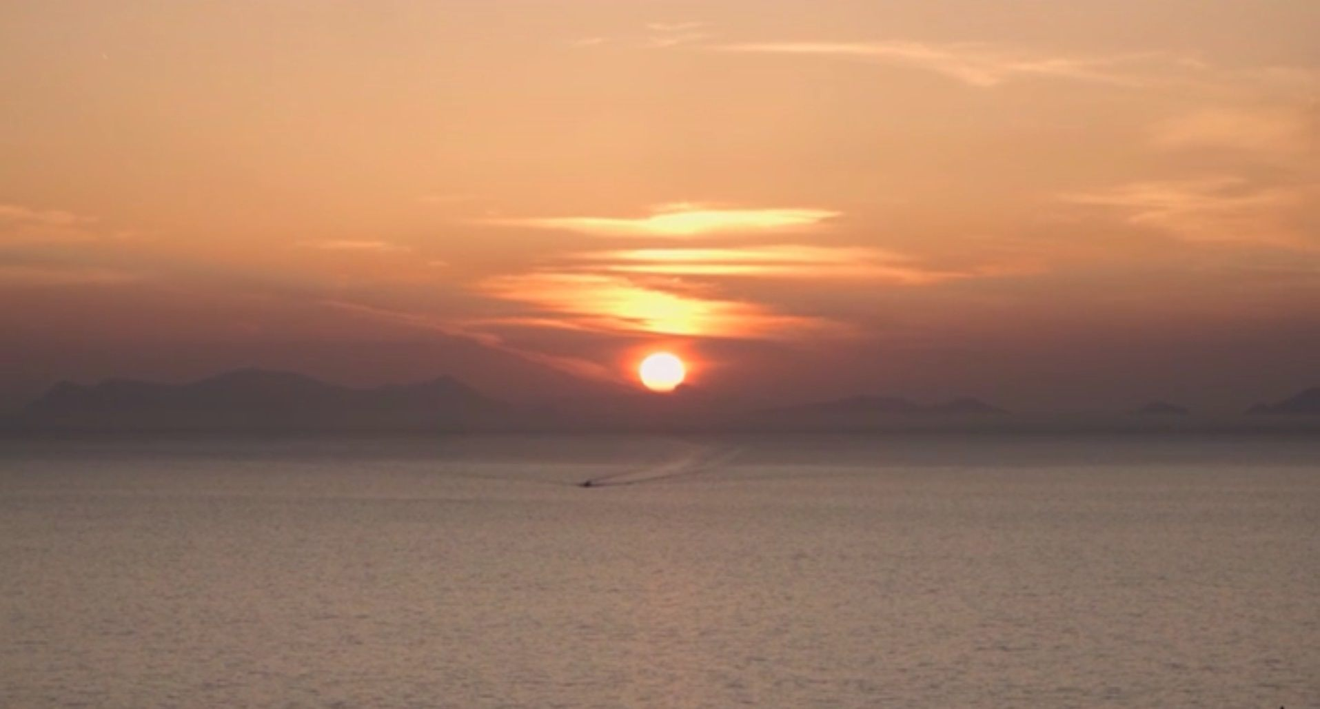 Santorini sunset_Mystique Hotel_Jounrey Greece