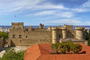 How to discover Rhodes' most beautiful attractions