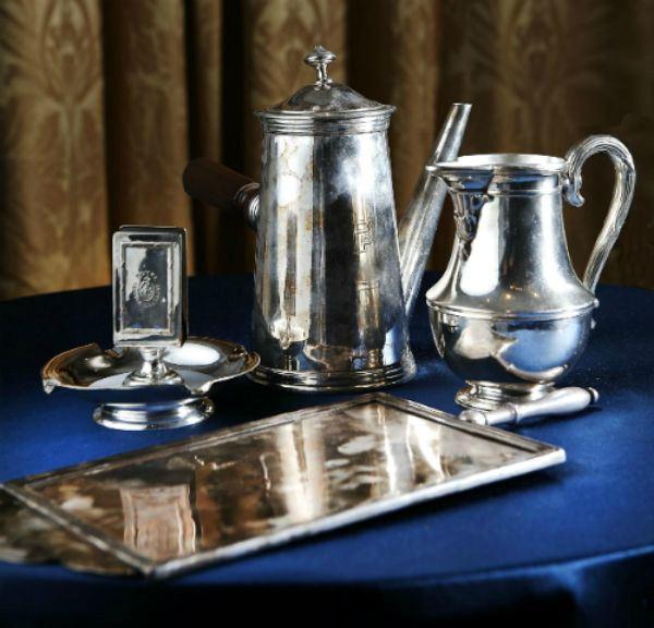 chocolate melting pot historic crockery hotel grande bretagne athens