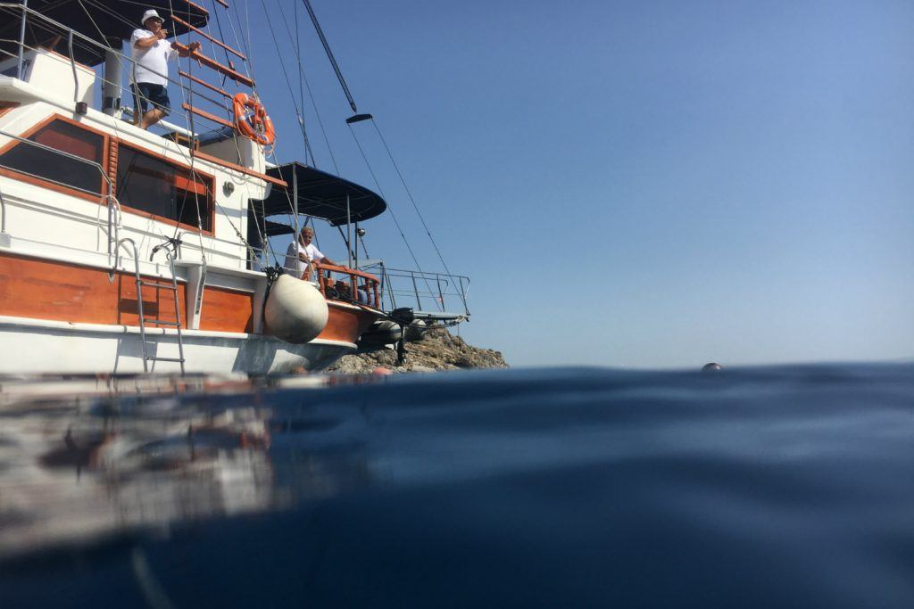 journey-greece-sheraton-rhodes-resort-spg-moment-boat