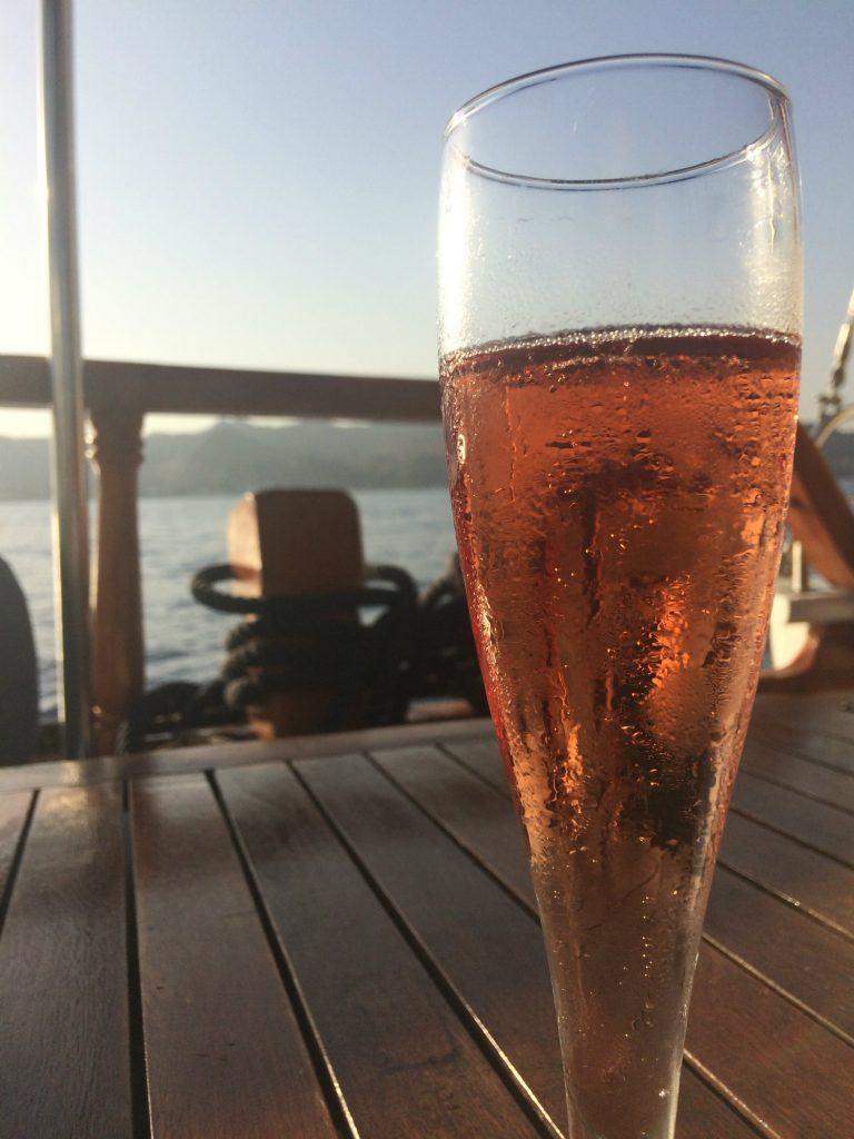 journey-greece-sheraton-rhodes-resort-spg-moment-drink