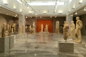 journey-greece-crete-heraklion-museum