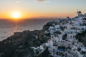 journey-greece-santorini-sunset-at-oia