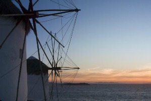 journey-greece-windmill