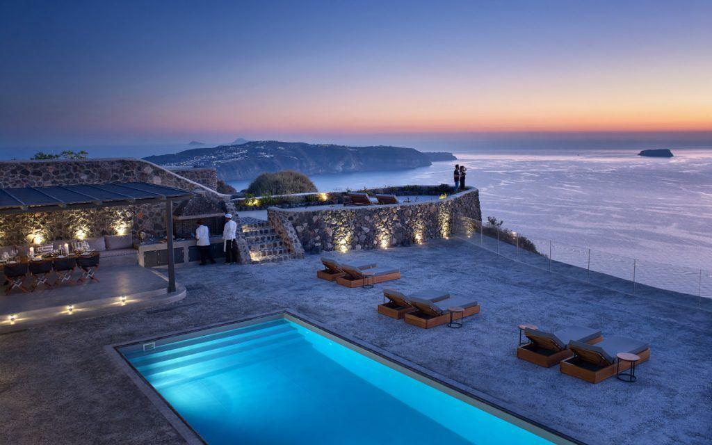 journey-to-greece-nafsika-estate-santorini-luxury-villa-night-view