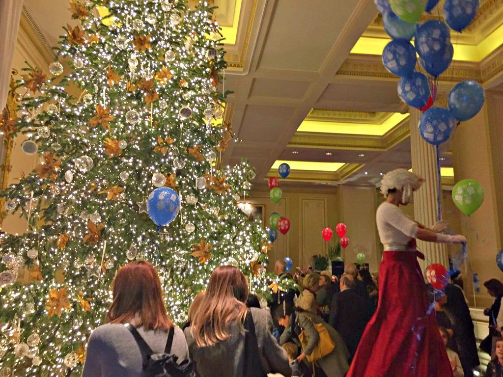 christmas-tree-event-at-hotel-grande-bretagne-athens