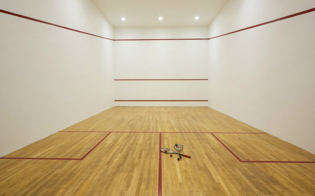 features-at-the-sheraton-rhodes-resort-greece-sport-facilities-and-squash-court_1600x1000