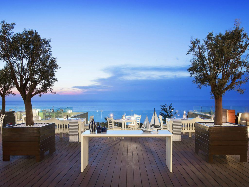 greek-cuisine-thea-restaurant-sea-view-veranda-sheraton-rhodes-resort-spg-greece