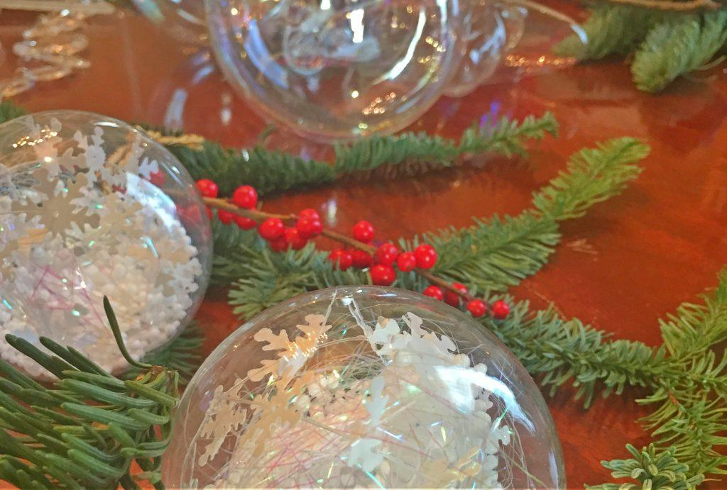 crystal-ornaments-for-the-christmas-tree