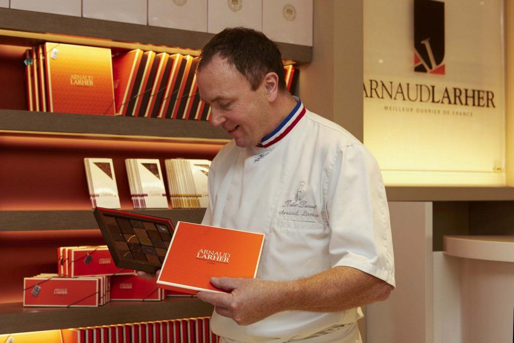 hotel-grande-bretagne-the-luxury-collection-athens-gb-corner-arnaud-larher-chocolates